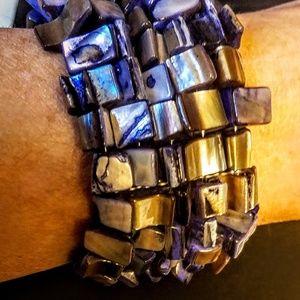 Jewelry - Vintage blue abalone chip cuff bracelet